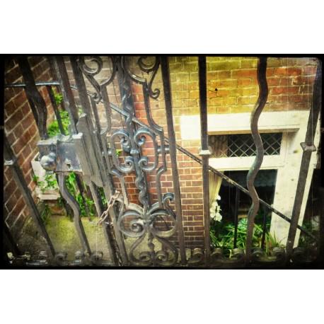 VINTAGE 37 L Londone 2012